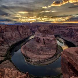 Sunset Bend by Joel Eade - Landscapes Sunsets & Sunrises ( horshoebend arizona paige sunset beautiful awesome perfect )