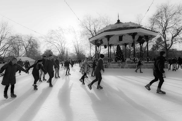 SKATING IN LONDON di pise