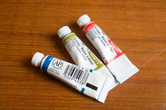 Photo: Winsor & Newton's 2014 new tube packaging redesign - http://www.parkablogs.com/node/10765