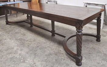 Photo: http://dorsetcustomfurniture.blogspot.com/2009/06/another-recycled-chestnut-table.html