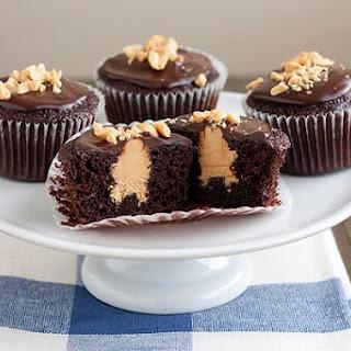 Peanut Butter Stuffed Devil'S Food Cupcakes Recipe