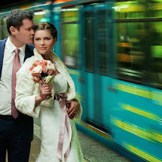 Wedding photographer Irina Novikova (IRISNOIR). Photo of 15.05.2013