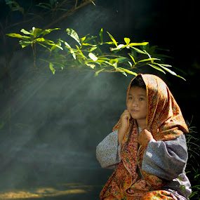 ROL with me by Chairelgibrant Othman - People Portraits of Women