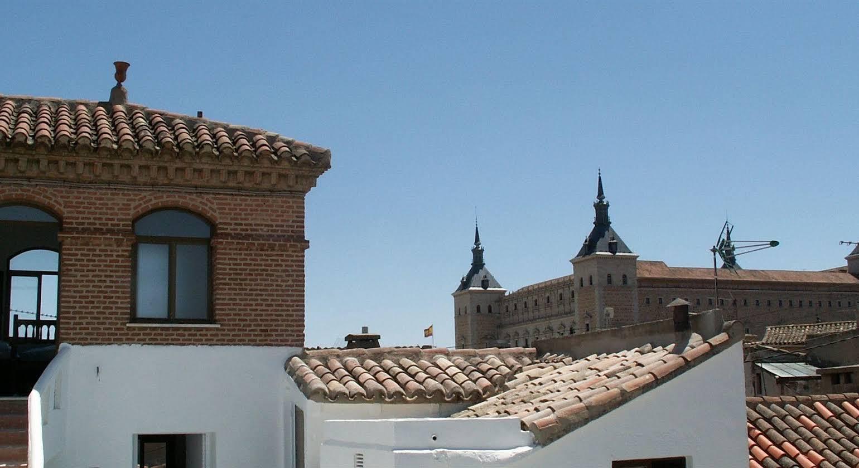 Oasis Backpackers Hostel Toledo