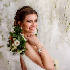 Wedding photographer Marina Porseva (PorMar). Photo of 12.03.2018
