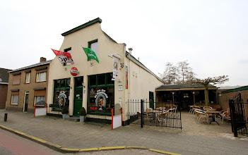 Photo: Serie op Cafe. Cafe De Paardenstal Oudenbosch. Kees en Liesbeth Geldof - Pijnen. Tekst en foto Leon Krijnen.