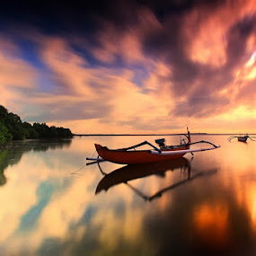 The Boat by Krishna Mahaputra - Landscapes Sunsets & Sunrises ( pwcreflections, cloud, sunrise, beach, landscape )