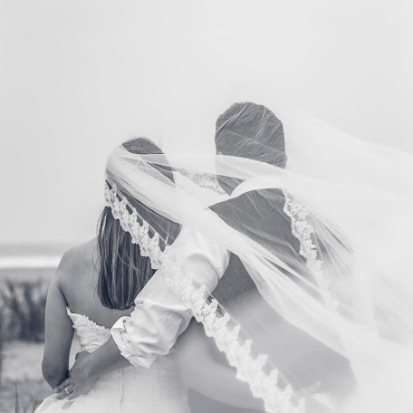 Fotógrafo de bodas Yssa Olivencia (yssaolivencia). Foto del 07.04.2018