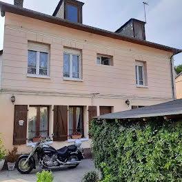 maison à Elbeuf (76)