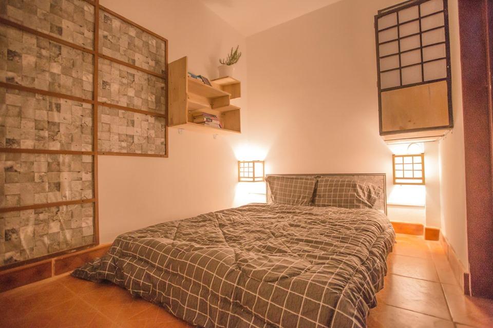 Phòng ốc với tông màu trầm ấm cùng phong cách thiết kế đậm chất Nhật Bản