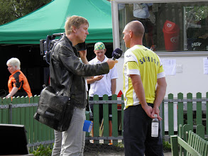 Photo: Media (SVT - television) interviewing Jan Strandberg. Photo: Per Olsson