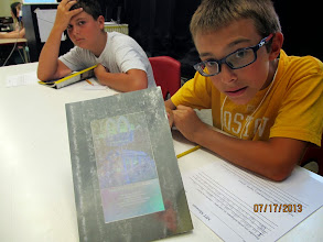 Photo: Students gain an understanding of holograms