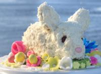 Cover bunny with the frosting. Save some for the ears, and cover them too.Insert...