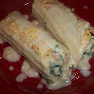 Creamy Chicken / Spinach & Ham Manicotti.