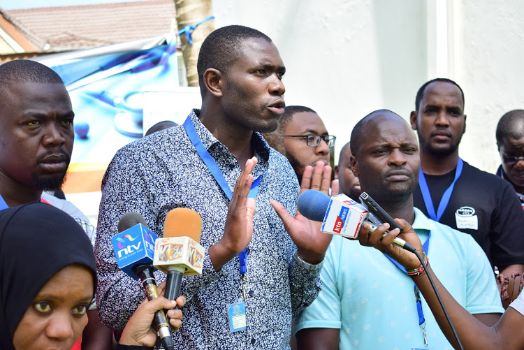 Stop intimidating us, doctors tell governors