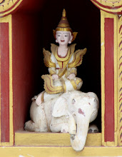 Photo: Year 2 Day 57 - Statue in Manuha Temple #2