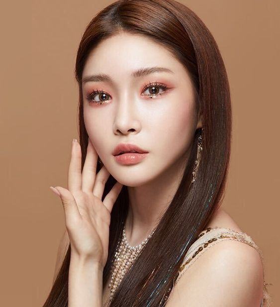 8 Times Chungha Was A Queen In Legendary Makeup Looks