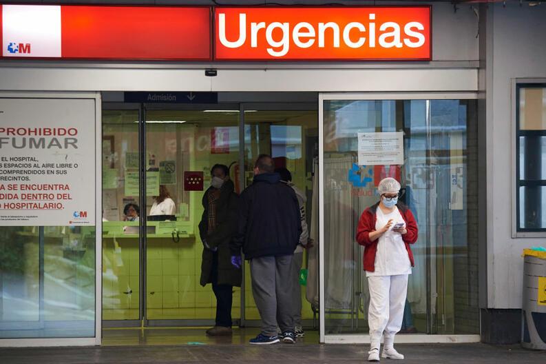 coronavirus covid 19 hospital urgencias madrid espana mar 2020 25332