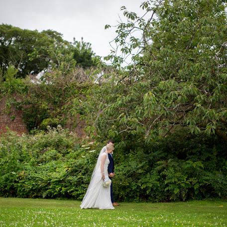 Wedding photographer Sarah Bryden (SarahBryden). Photo of 07.06.2016