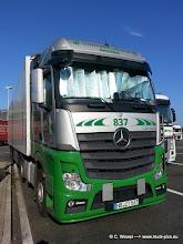 Photo: New Actros von EKB / Bremen >>> www.truck-pics.eu <<<