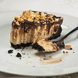 Creamy, Crunchy Chocolate Peanut Butter Pie