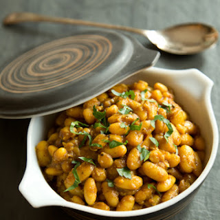 Garlicky Stewed Cannellini Beans