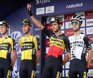 🎥 Prachtig! Cavendish met zoontje Casper op bezoek bij Wout van Aert in Tour of Britain