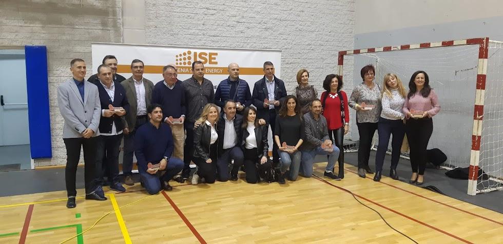 Dirigentes del CB Almería con autoridades.