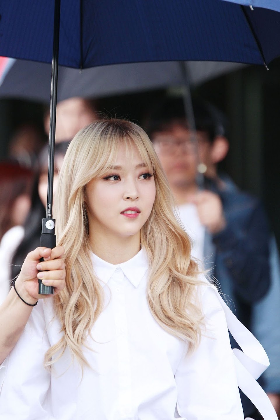 moonbyul bangs 3
