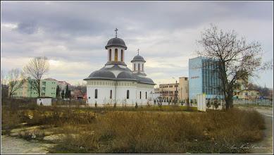 """Photo: Str. Stefan cel Mare, Nr.12-14 - Biserica Ortodoxă """"Sf. Ioan Botezătorul"""", parohia Fabrici - 2018.03.12"""