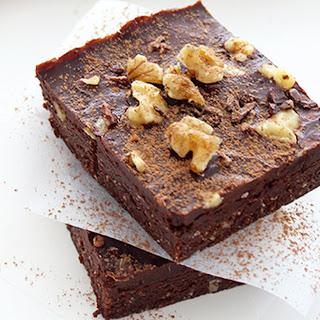Raw Chocolate Walnut Brownies [Vegan, Gluten-Free]