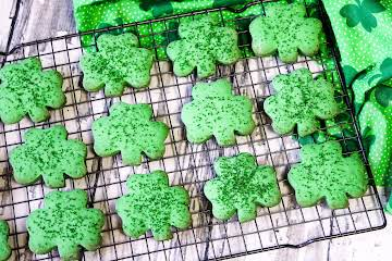 Shamrock Cookies (St. Patrick's Day)