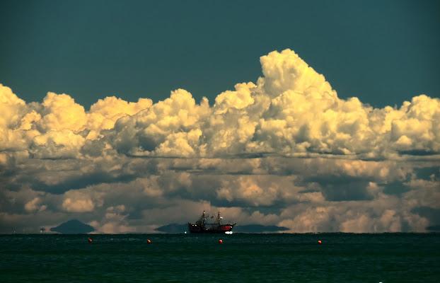 Un'esplosione di nuvole di renzo brazzolotto