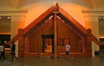Photo: Versammlungshaus im Museum in Auckland