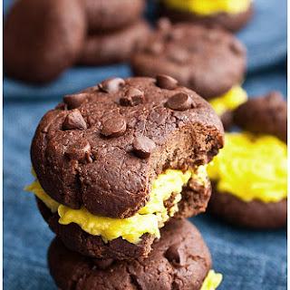 Healthy Chocolate Avocado Cookies