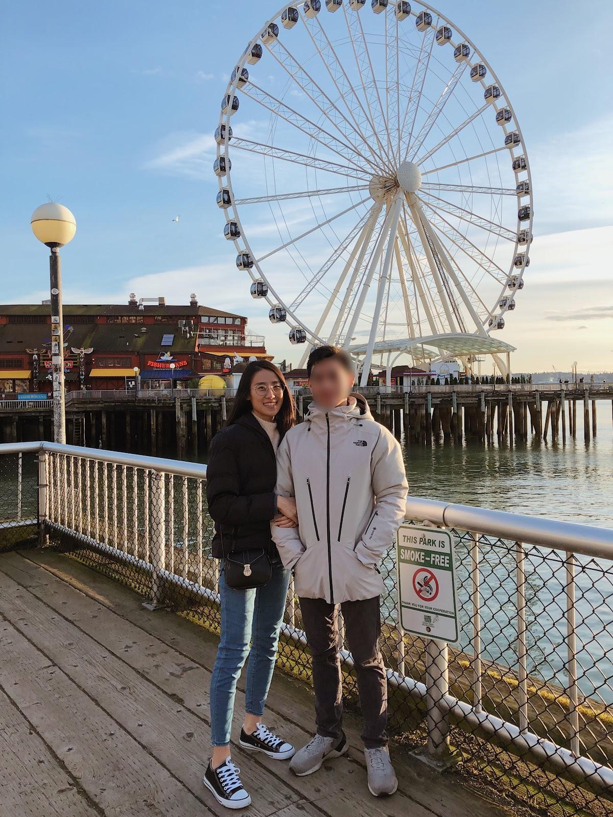 不論是一起去小旅行或是去對方的城市見面,保握每一刻相處的時光。@Pike Place Market, Seattle