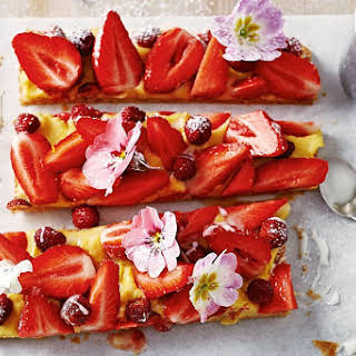 Jamie Oliver's strawberry slice.