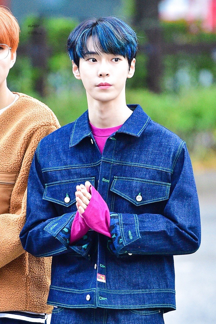 doyoung rainbow 20