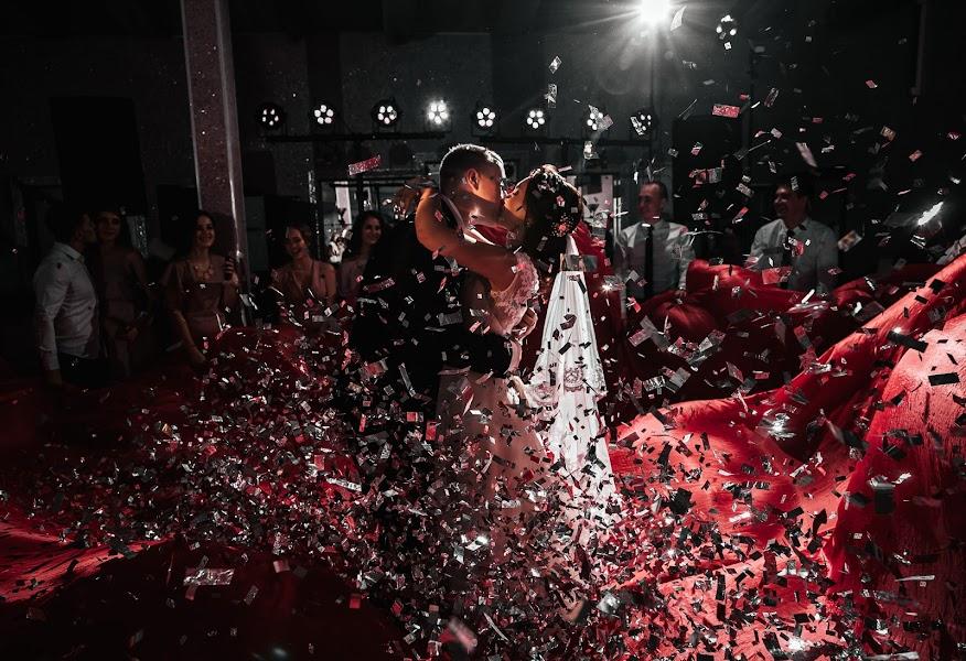 Wedding photographer Vladimir Lesnikov (lesnikov). Photo of 30.09.2018