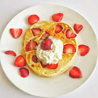 How to Make Strawberry Pancakes Recipe