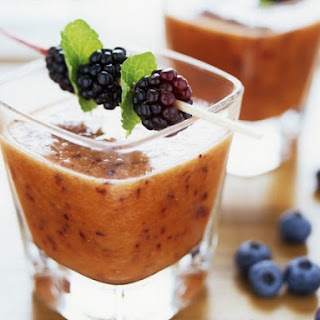 Berry, Carrot and Oat Bran Fitness Drink