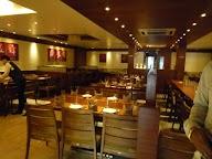 Honest Restaurant photo 3