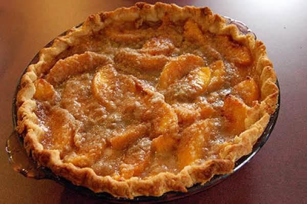 Farmhouse Peach Pie