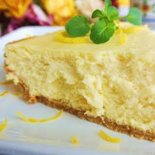 Creamy Lemon Cheesecake.