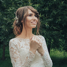 Wedding photographer Darya Kapitanova (kapitanovafoto). Photo of 07.09.2017