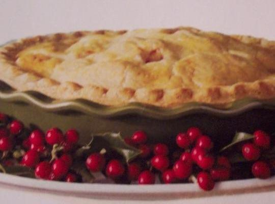 Note: Foto with red berries is pinched from a newspaper ad.Pie is a family...