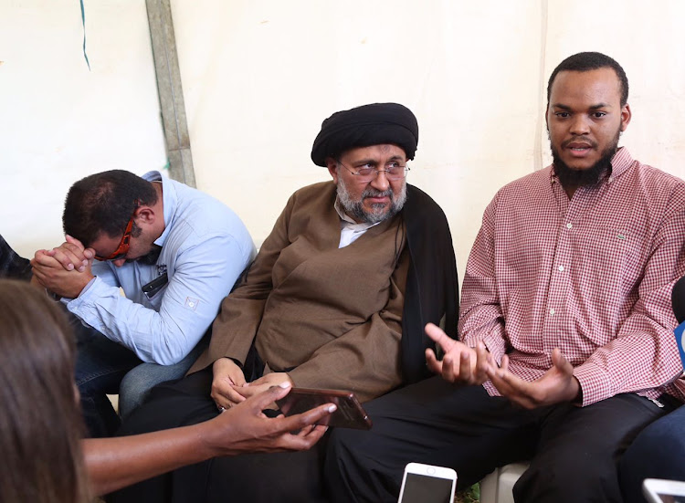 Mosque attack victim Moulana Ali Nchinyane (right ) with Moulana Aftab Haider of the Ahlul Bait Foundation talks to the media on May 11, 2018.