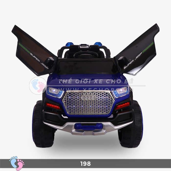 Siêu xe ô tô điện 4 động cơ 198 10