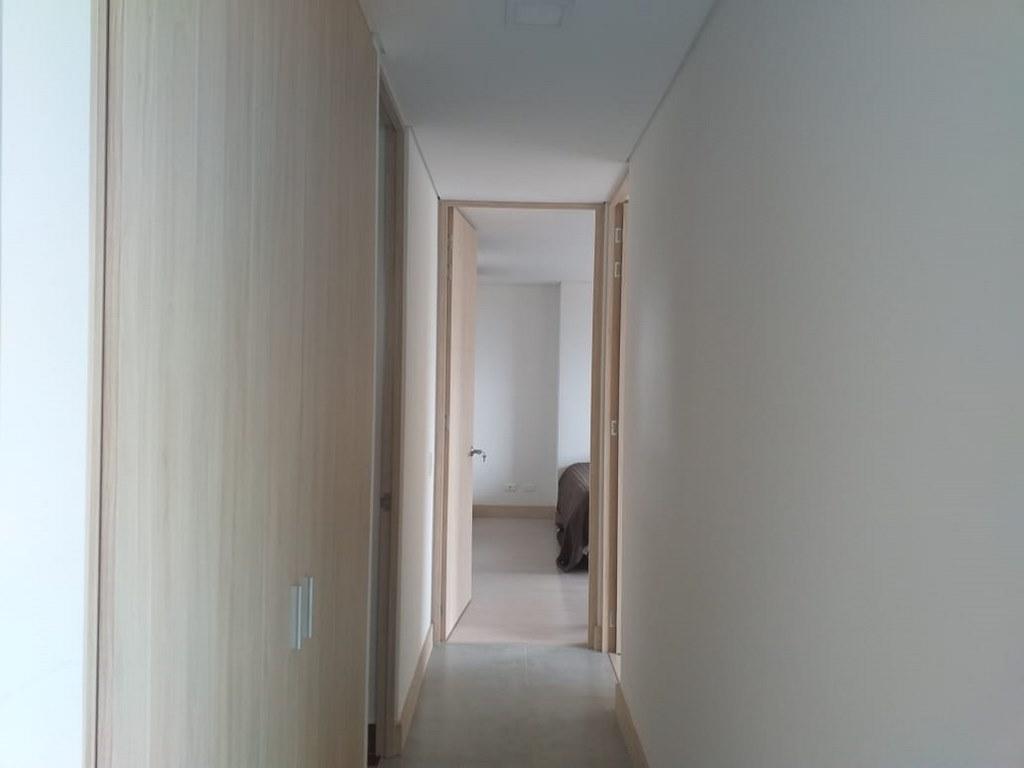 apartamento en arriendo el esmeraldal 679-24328