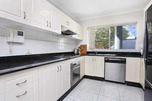 Photo of property at 1/3 Rena Street, South Hurstville 2221